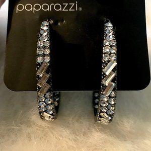PAPARAZZI RHINESTONE HOOP EARRINGS NWT